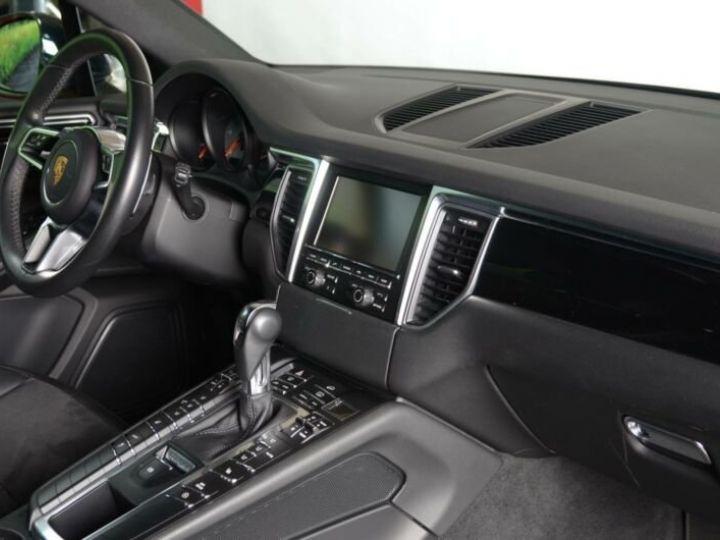 Porsche Macan 3.0 V6 S DIESEL Noir métallisé - 13