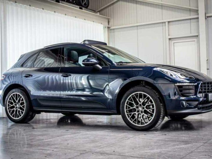 Porsche Macan Essence Pano,1ere Main, Toi Pano, 32791Kms Bleu Peinture métallisée - 9