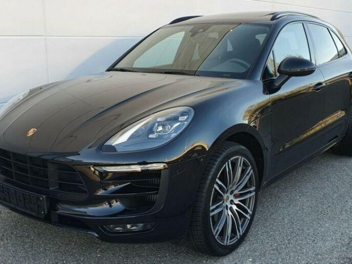 Porsche Macan gts noir - 12
