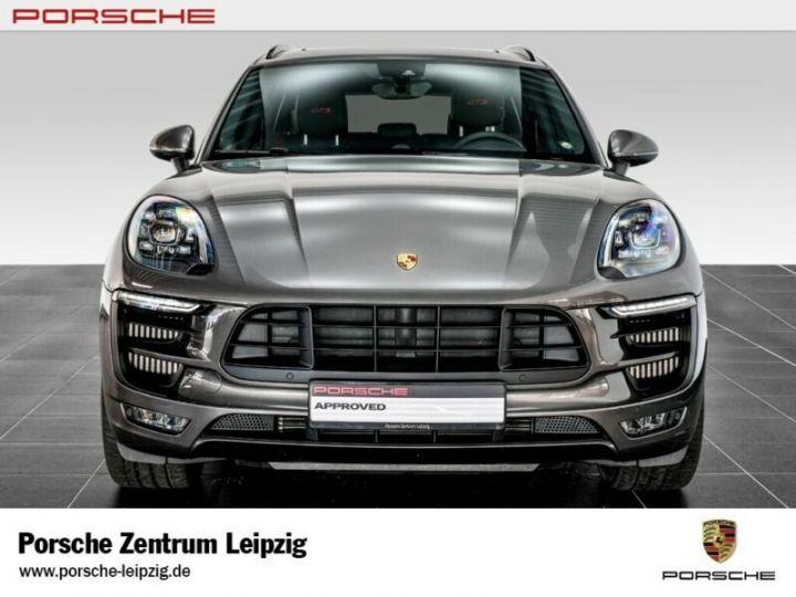 Porsche Macan gts gris volcano - 3