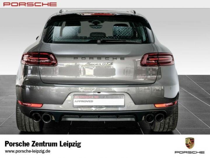 Porsche Macan gts gris volcano - 4