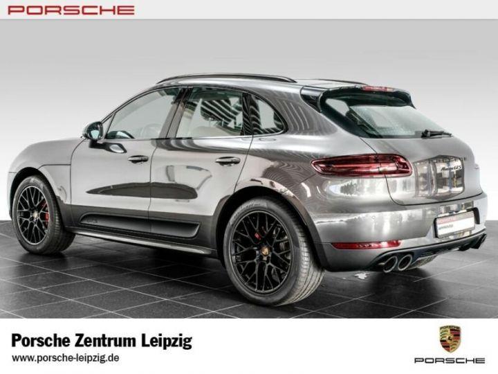 Porsche Macan gts gris volcano - 5