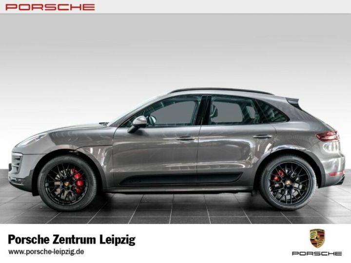 Porsche Macan gts gris volcano - 6