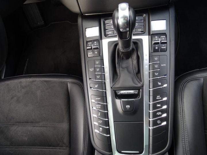 Porsche Macan GTS 3.0 V6 PDK 360 CV - MONACO Noir Metal - 10
