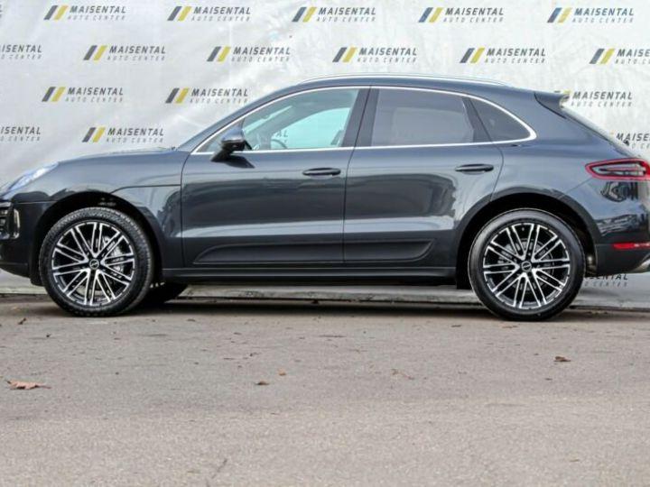 Porsche Macan # Inclus Carte Grise, Malus écolo et livraison à votre domicile # 1ere Main Noir Peinture métallisée - 4