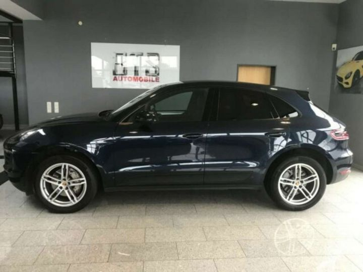 Porsche Macan # inclus CG, Malus écolo et livraison à domicile # Bleu Peinture métallisée - 1
