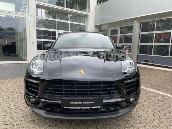 Porsche Macan MACAN 252 ch , PORSCHE APPROVED 08/2022 !  noir metallisé - 2