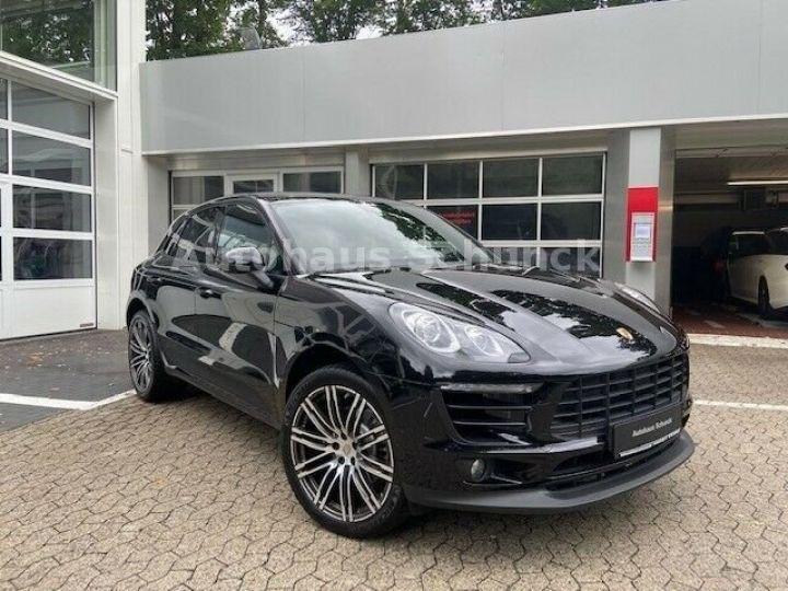 Porsche Macan MACAN 252 ch , PORSCHE APPROVED 08/2022 !  noir metallisé - 3