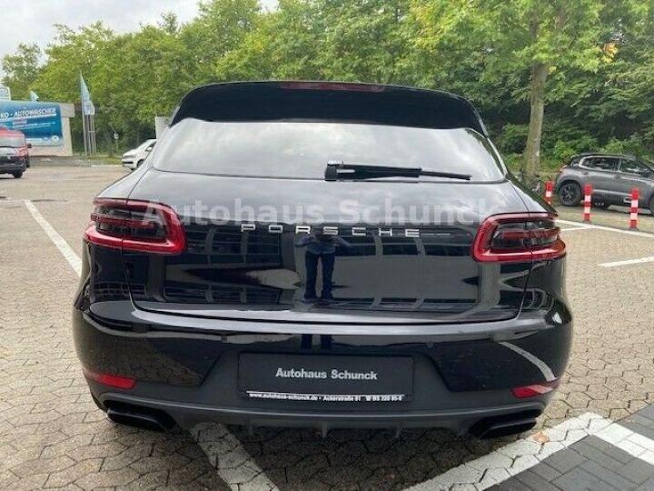 Porsche Macan MACAN 252 ch , PORSCHE APPROVED 08/2022 !  noir metallisé - 5