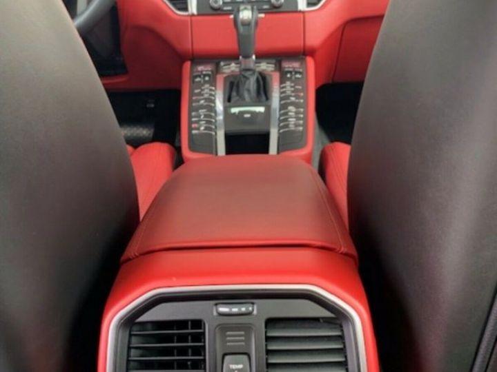 Porsche Macan MACAN GTS 3.0 360 CH Gris - 11