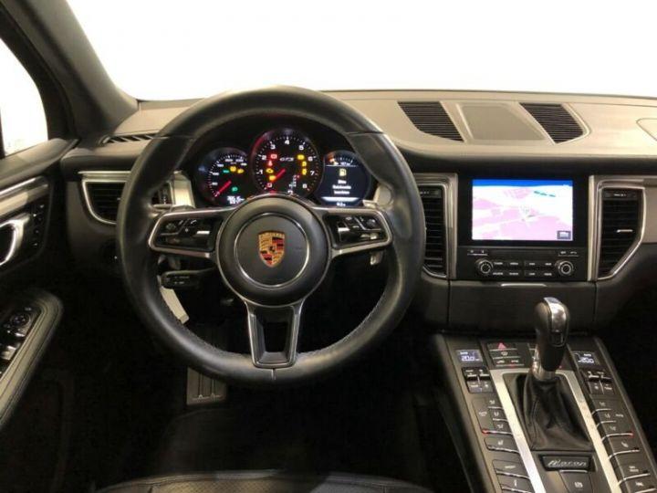 Porsche Macan MACAN GTS , TOIT OUVRANT , GARANTIE  gris volcano - 11