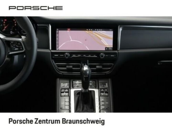 Porsche Macan Porsche Macan 2.0 245 , JA 21°, 1ère main , TOP, Caméra , Garantie Constructeur 01/2022 Blanc PURE WHITE - 8