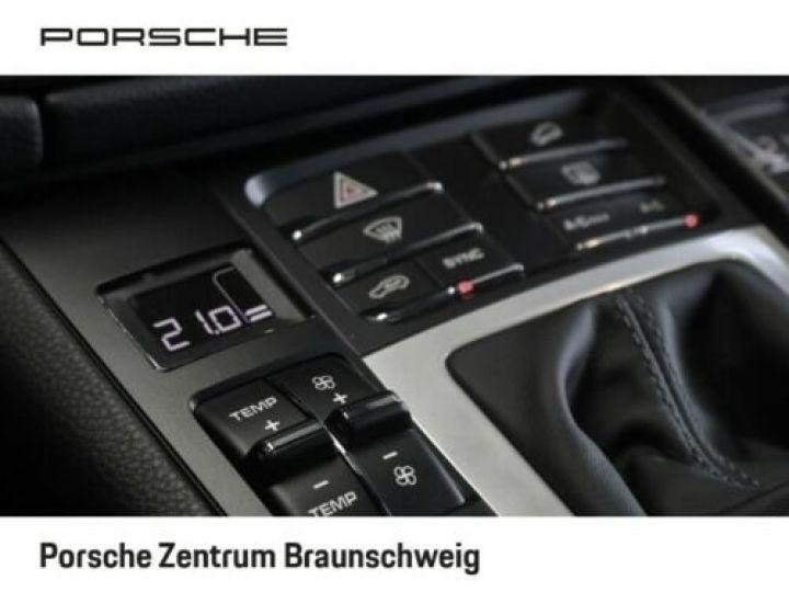 Porsche Macan Porsche Macan 2.0 245 , JA 21°, 1ère main , TOP, Caméra , Garantie Constructeur 01/2022 Blanc PURE WHITE - 10