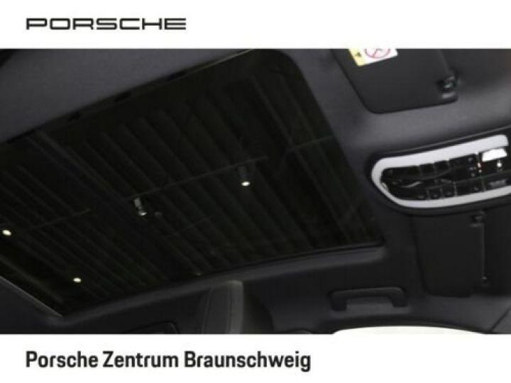 Porsche Macan Porsche Macan 2.0 245 , JA 21°, 1ère main , TOP, Caméra , Garantie Constructeur 01/2022 Blanc PURE WHITE - 11