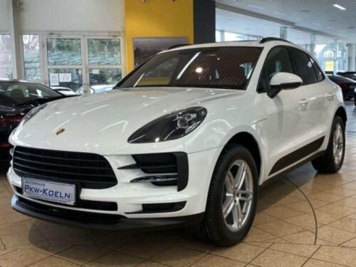 Porsche Macan Porsche Macan 2.0 245 , PASM, TOP, Caméra, 1ère Main , Garantie Constructeur 10/2021 BLANC PURE WHITE - 1