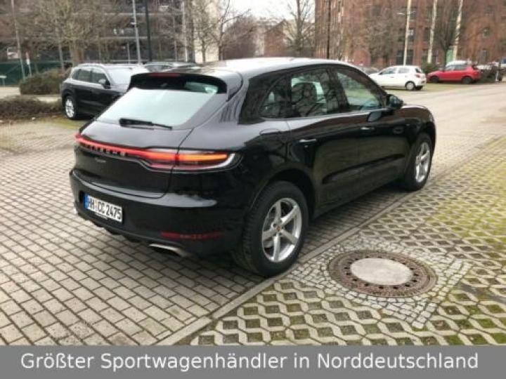 Porsche Macan Porsche Macan 2.0L 245 , 1ère main, TOP, Caméra , BOSE, Garantie Constructeur 09/2022 Noir schwarz - 2