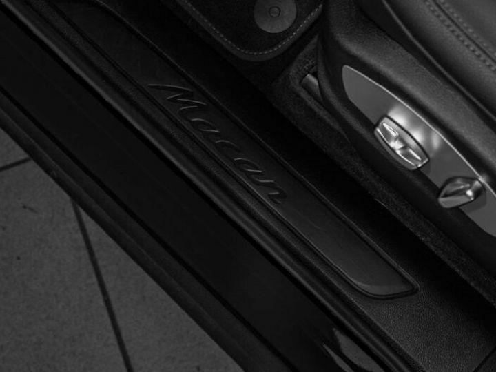 Porsche Macan Porsche Macan 21 Zoll PDK Pano Gris Peinture métallisée - 12