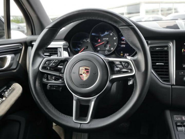 Porsche Macan Porsche Macan GTS noir - 14