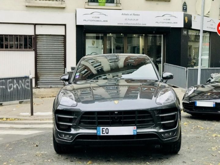 Porsche Macan PORSCHE MACAN TURBO /FRANCE /2018 /FULL OPTIONS/ PSE /CHRONO /TVA /ETAT NEUF Gris - 3