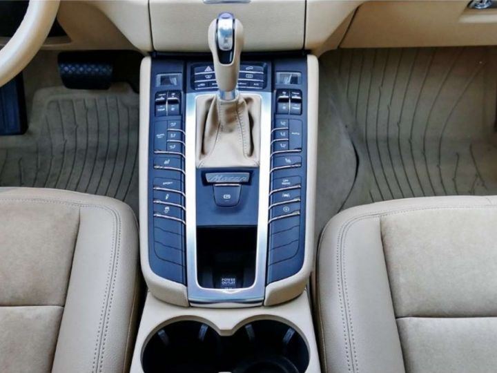 Porsche Macan S Diesel / 3.0 V6 258cv *Limited Edition* Carte grise+Livraison+Gtie 12 mois INCLUS! Bleu Saphir - 8