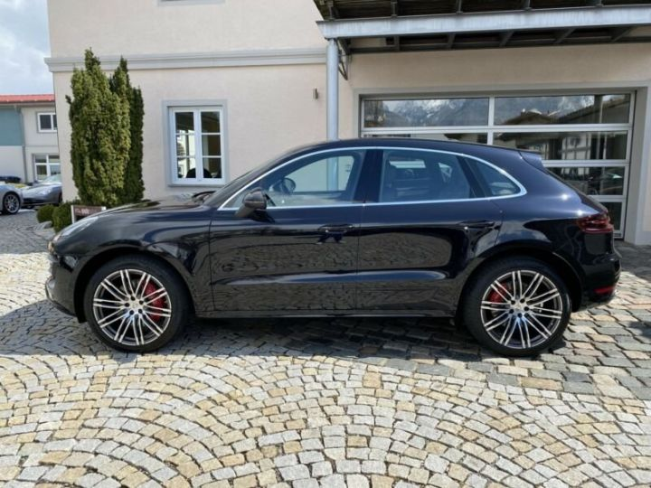 Porsche Macan turbo noir - 4