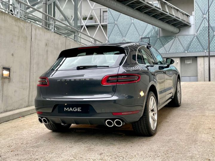 Porsche Macan Turbo 3.6 V6 440 ch Pack Performance PDK Gris Occasion - 6