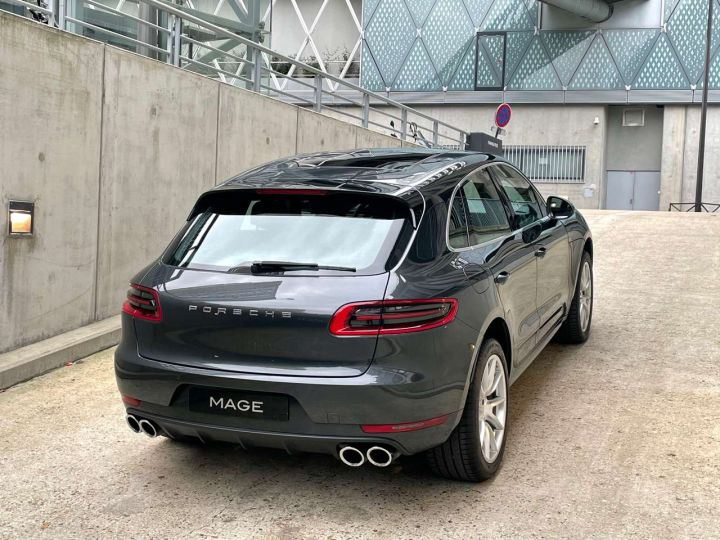 Porsche Macan Turbo 3.6 V6 440 ch Pack Performance PDK Gris Occasion - 8