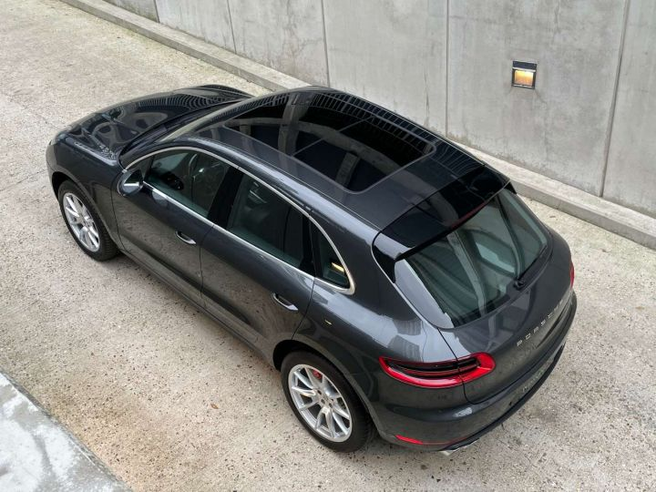 Porsche Macan Turbo 3.6 V6 440 ch Pack Performance PDK Gris Occasion - 14