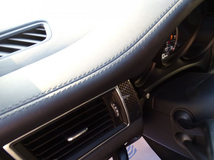 Porsche Macan TURBO 400CH 3.6L PDK/ FULL Options gris agate met - 20