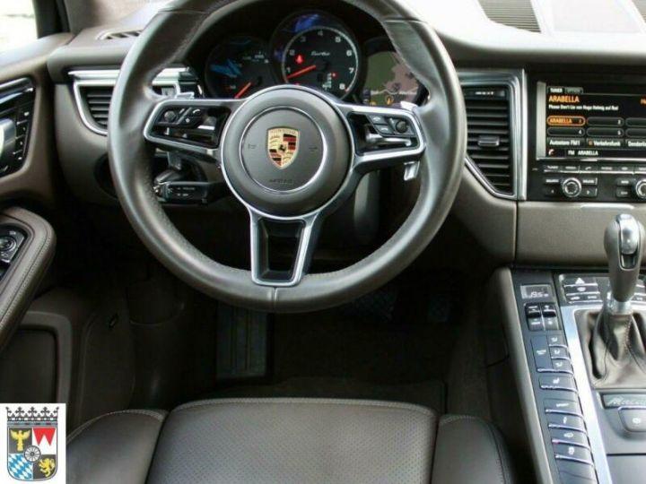 Porsche Macan TURBO PDK GRIS - 4