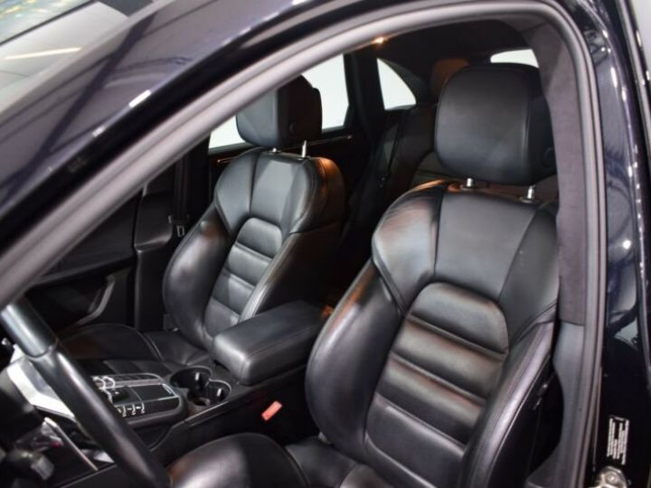 Porsche Macan turbo s  noir - 7