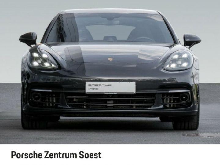 Porsche Panamera 4 E-Hybrid gris volcano - 3