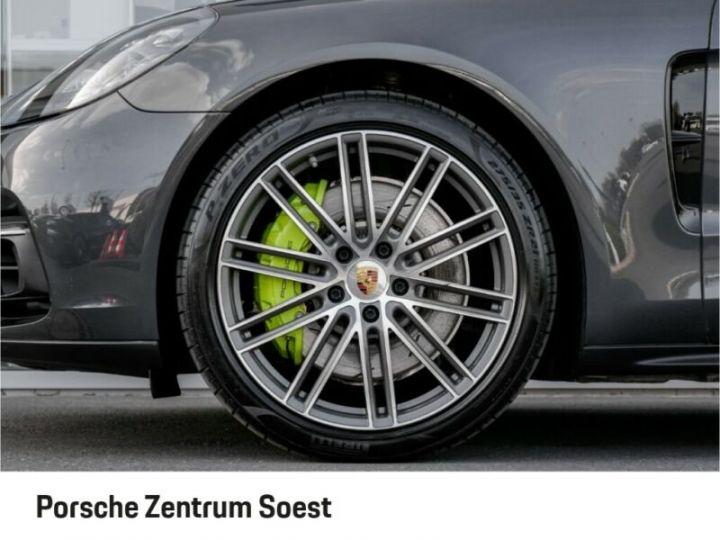 Porsche Panamera 4 E-Hybrid gris volcano - 4