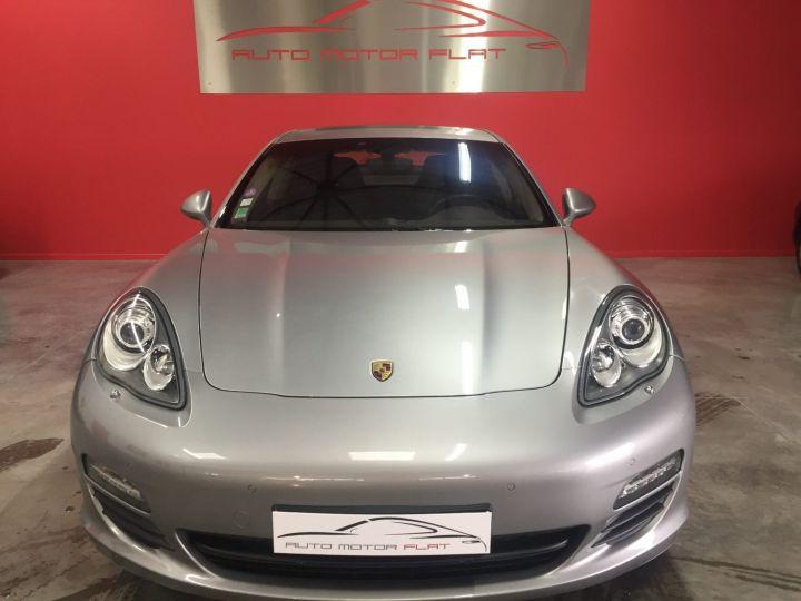 Porsche Panamera 4s V8 Gris - 2