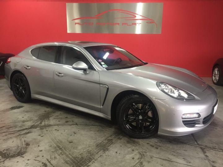 Porsche Panamera 4s V8 Gris - 3