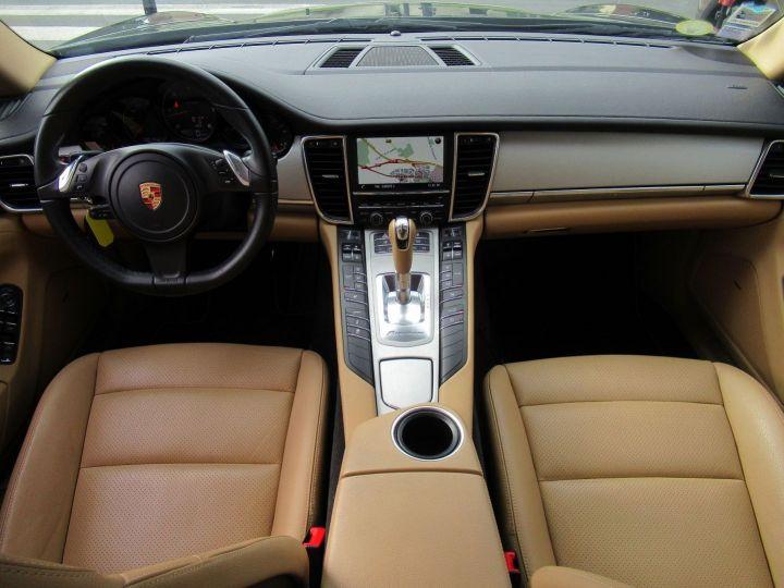 Porsche Panamera (970) 3.0 DIESEL PLATINUM EDITION Gris Fonce - 19