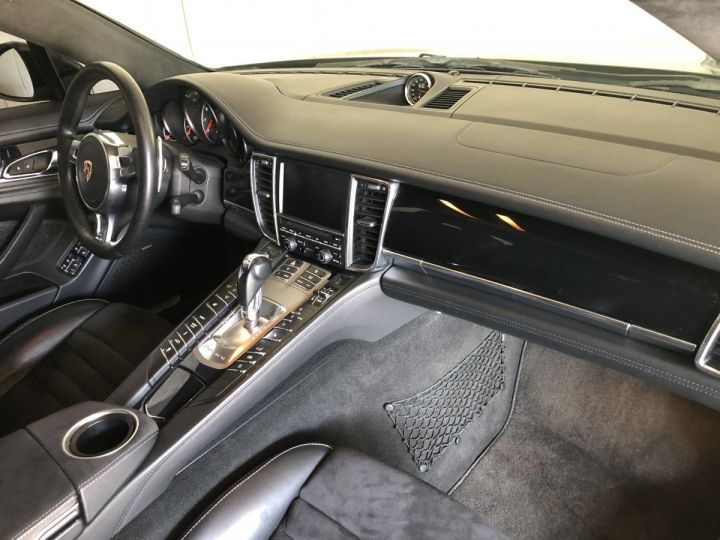 Porsche Panamera GTS 4.8 V8 430 CV PDK Gris - 6