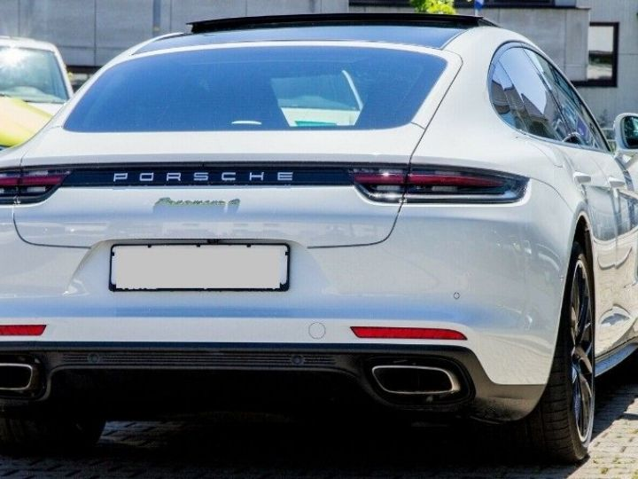Porsche Panamera II SPORT TURISMO 4 E-HYBRID(01/2018) blanc métal - 4