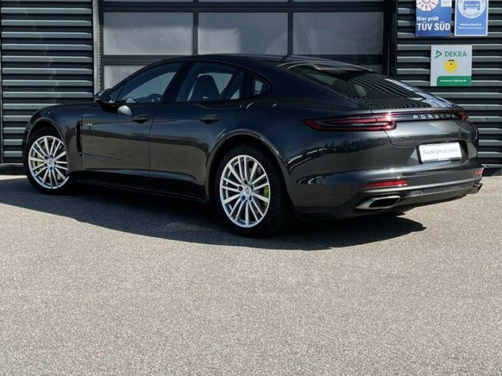 Porsche Panamera Panamera 4 E-Hybrid  gris volcanique métallisé - 2