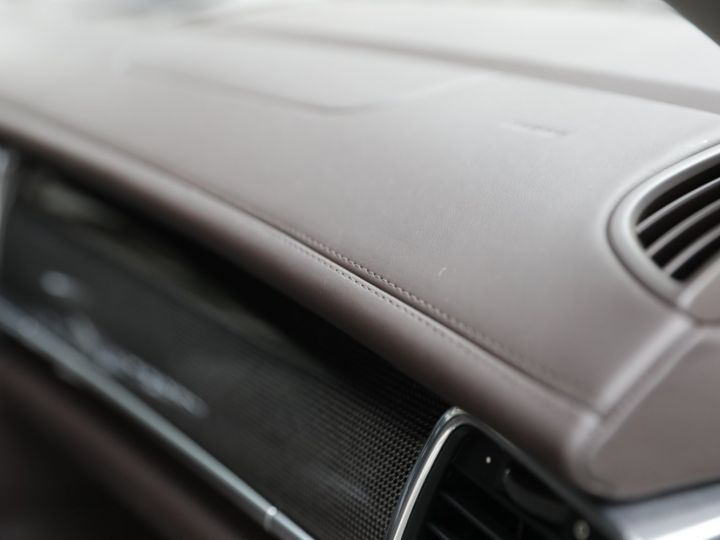 Porsche Panamera PORSCHE PANAMERA 4S PDK 400CV Gris Carbone - 27