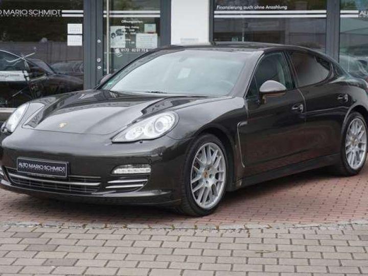 Porsche Panamera Porsche Panamera I (970) 4 PDK Platinum Ed. *4x4-Toit pano-Xenon-Pack Sport-Bose* Livrée et garantie 12 mois Gris carbone métallisé - 1