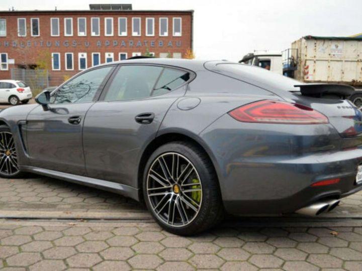 Porsche Panamera Porsche Panamera I (970) S E-Hybrid T.PANO Garantie 12 mois * Livrée Gris Foncé - 12