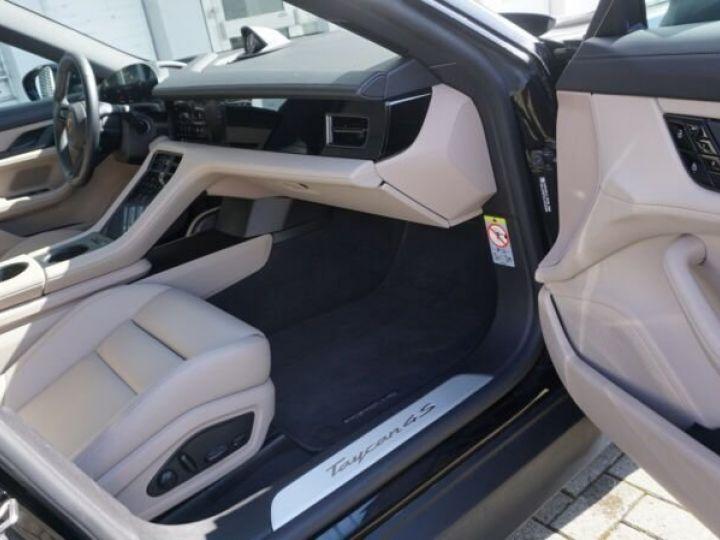 Porsche Taycan 4 S noir - 6