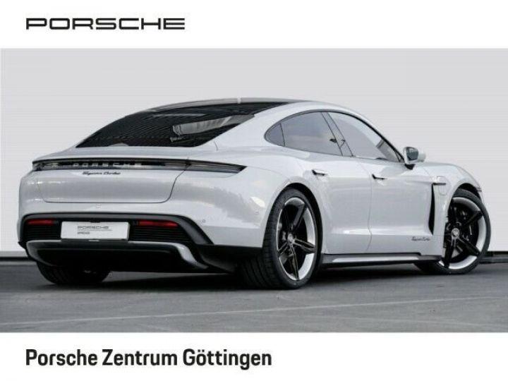 Porsche Taycan TURBO blanc  - 3