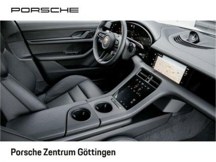 Porsche Taycan TURBO blanc  - 6