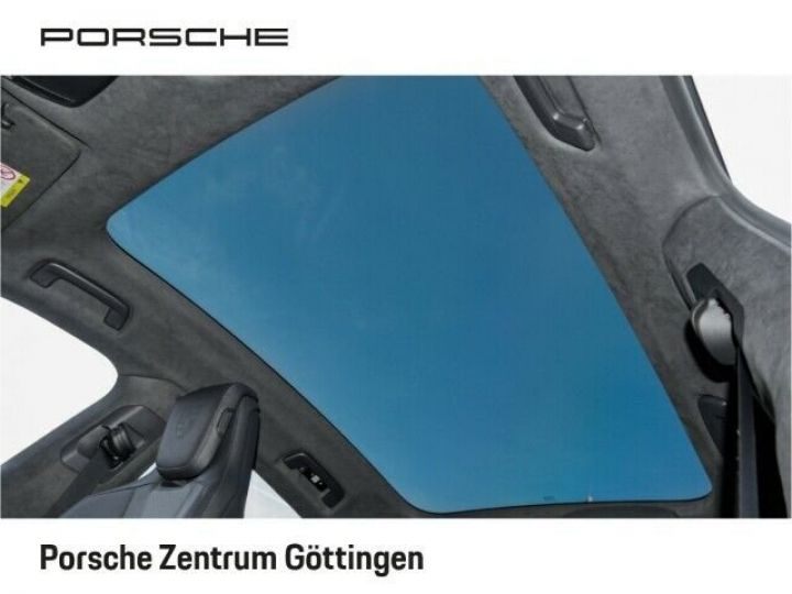 Porsche Taycan TURBO blanc  - 12