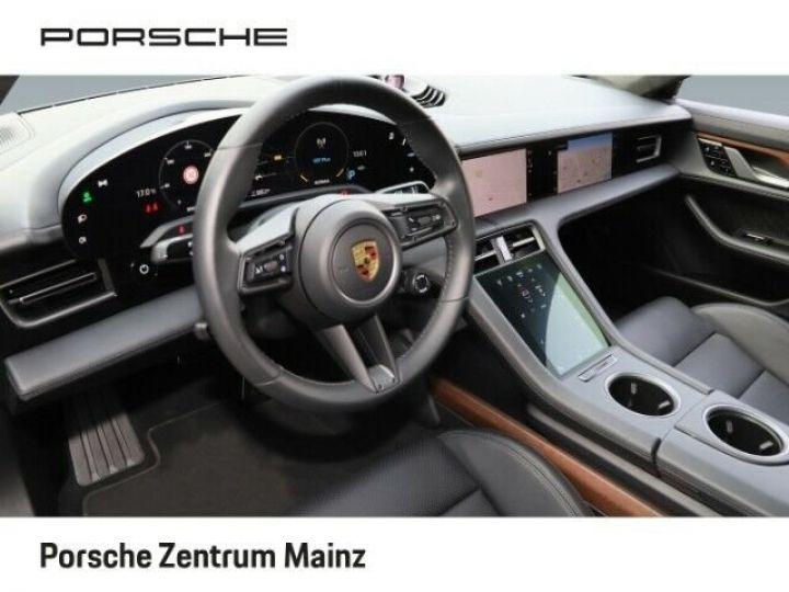 Porsche Taycan  Turbo S PCCB vision nocturne bleu gentiane métallisé - 7