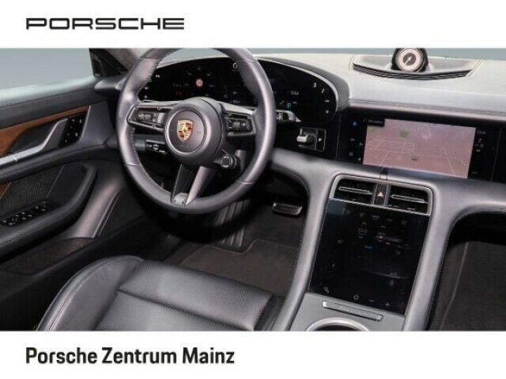 Porsche Taycan  Turbo S PCCB vision nocturne bleu gentiane métallisé - 9