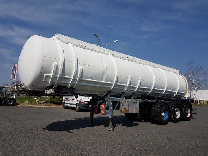 Remorque Citerne hydrocarbures Citerne acier 28000 litres BLANC - GRIS Occasion - 1