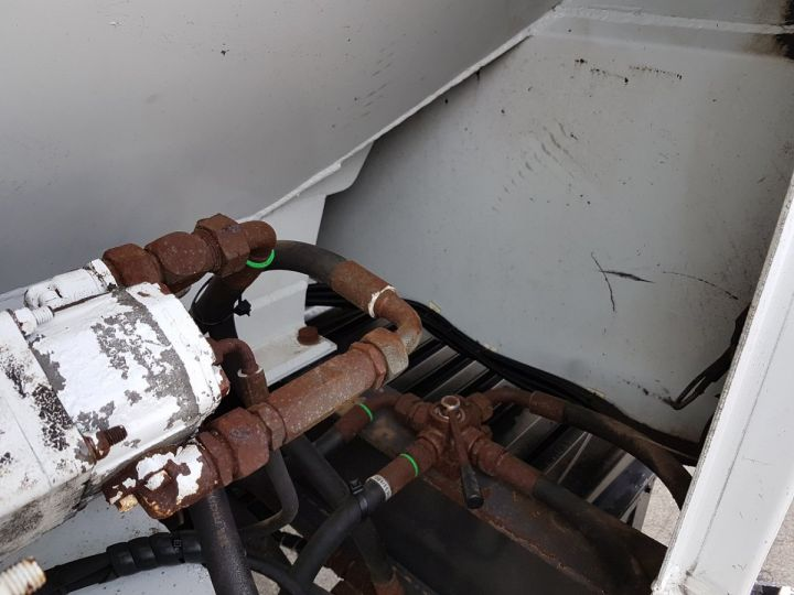 Remorque Citerne Pulvérulents T.S.C.I. 4 compartiments BLANC Occasion - 16